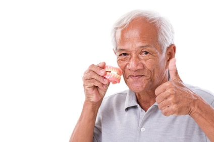 Which is better, temporary or permanent dentures?